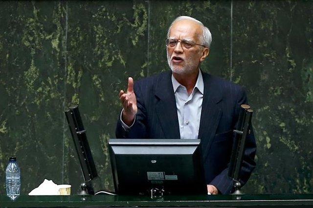 نماینده مجلس: آیا حقوق نمایندگان رد صلاحیت شده در ۴ ماه آینده حلال است؟