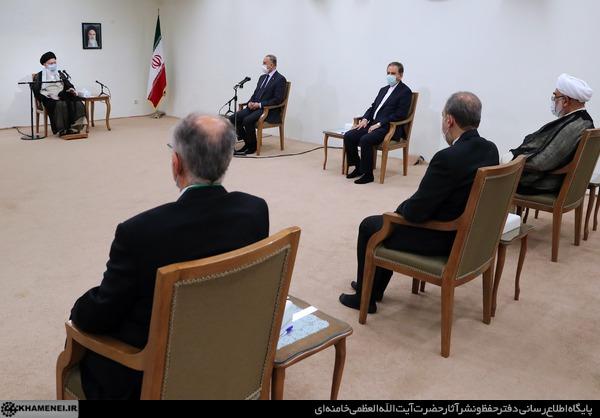 رهبر انقلاب در دیدار نخست وزیر عراق: ترور شهید سلیمانی را فراموش نمیکنیم و قطعاً ضربه متقابل را خواهیم زد