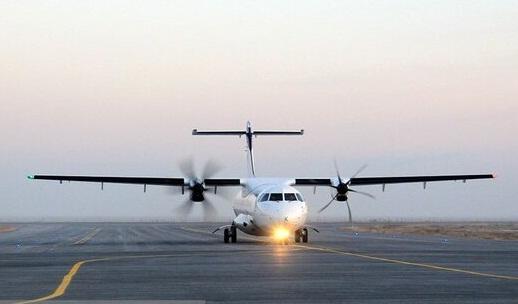 فرماندار اندیمشک عنوان کرد: تکذیب فرود اضطراری هواپیما در اندیمشک