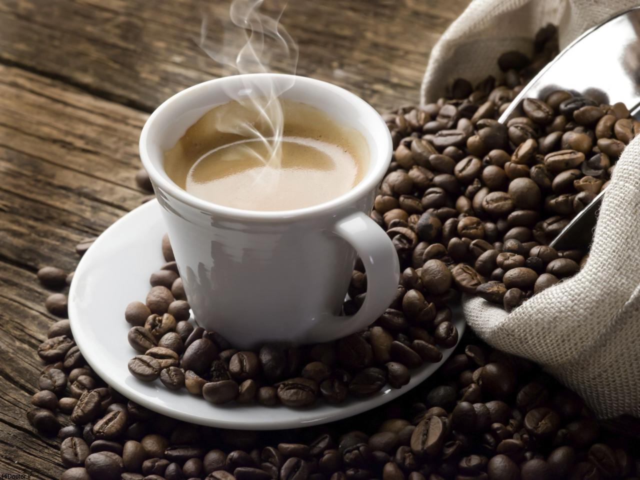 فواید غیرمنتظره یک فنجان قهوه برای مبتلایان به سرطان روده بزرگ|خبر فوری