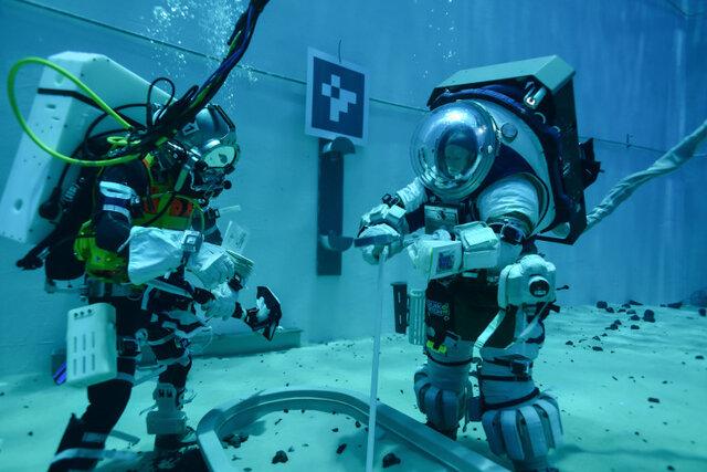 ناسا در زیر آب برای ماهپیمایی بعدی خود آماده میشود!|خبر فوری