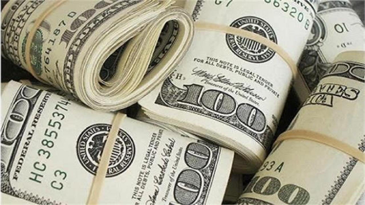 دلار به کانال ۳۲ هزار تومانی نزدیک شد