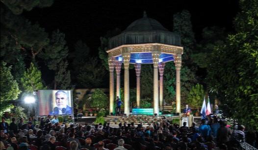 مرحوم شجریان با اشعار حافظ معجزه کرد