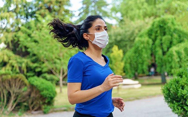 استفاده از ماسک، تاثیری بر عملکرد ریه و قلب ندارد|خبر فوری