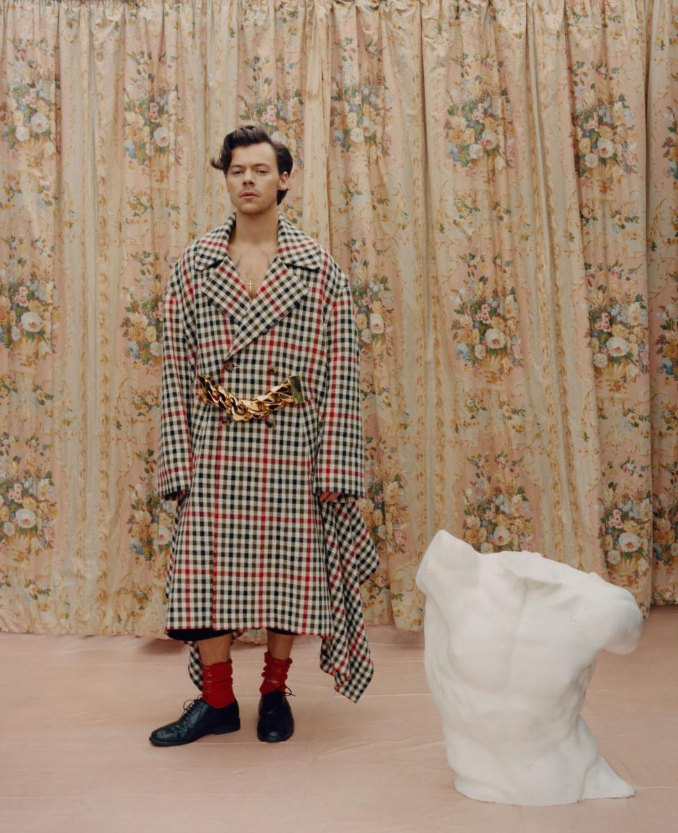 لباسهای زنانه, تصاویر ستارهی پاپ با لباسهای زنانه، روی جلد ووگ, رسا نشر - خبر روز
