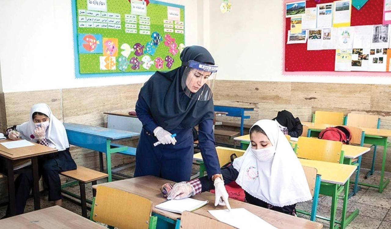 حضور کادر اجرایی در مدارس با رعایت شیوهنامههای بهداشتی|خبر فوری