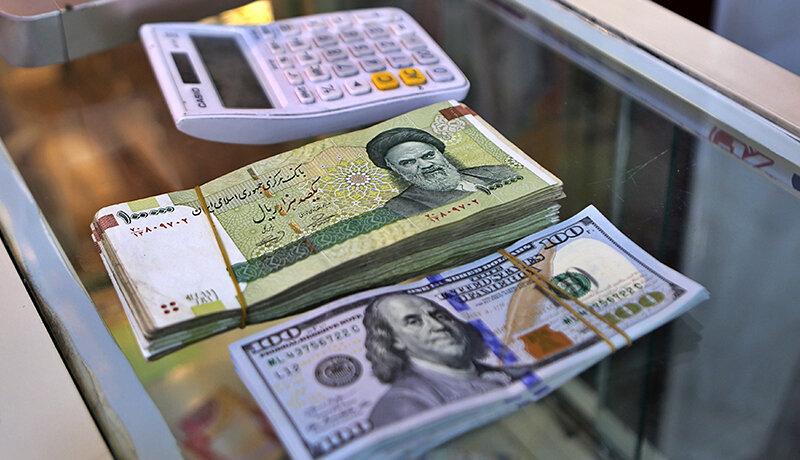 سقوط روزهای اخیر قیمت ارز به زیان کدامیک از سیاسیون و دلالان بود که جلویش را گرفتند؟