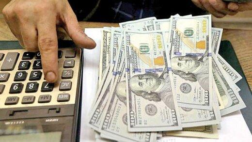 مزد جسارت در بازار ارز / دلار صرافیها به بازار آزاد نزدیک شد|خبر فوری