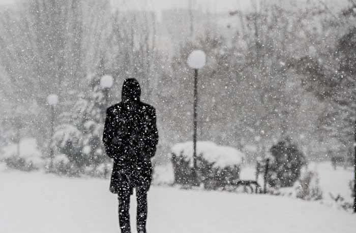 اولین سامانه بارشی زمستانی مهمان کشور میشود / تهرانیها منتظر برف باشند|خبر فوری