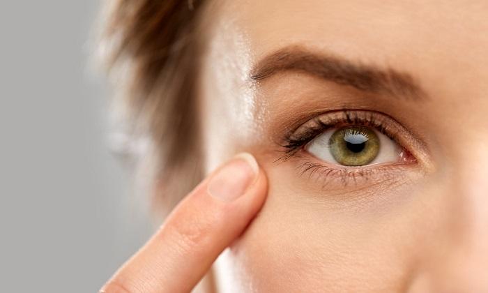 دانستنیهایی درباره افتادگی پلک چشم|خبر فوری