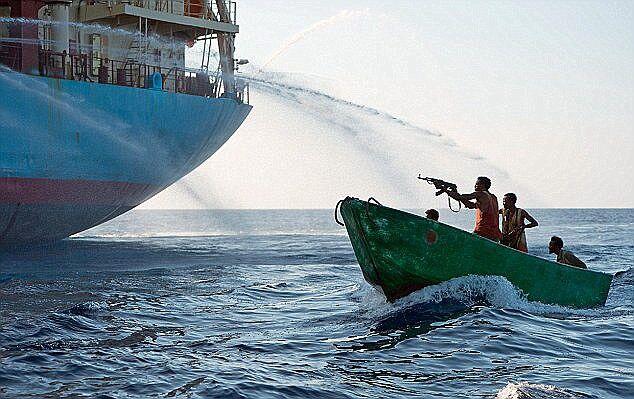 ۲ سرنشین کشتی ترکیه ای در سواحل نیجریه کشته و ۱۵ تن ربوده شدند خبر فوری