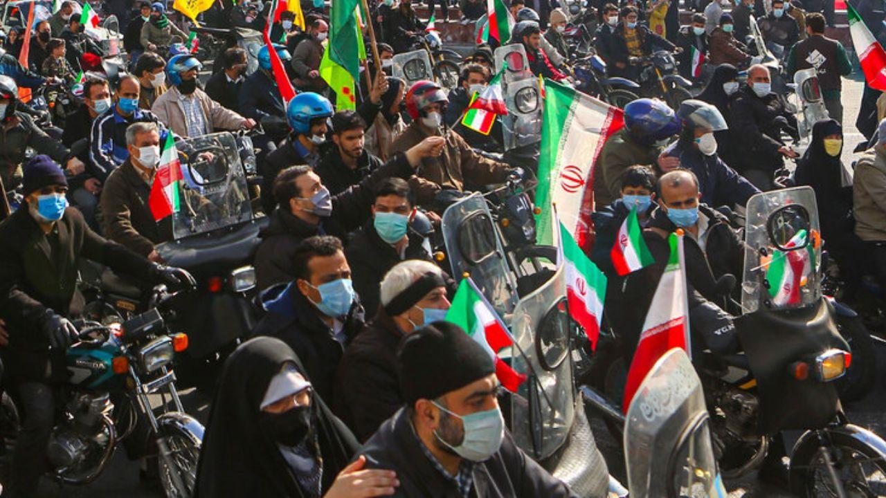 توهین به رئیسجمهور در روز جشن پیروزی انقلاب اسلامی!
