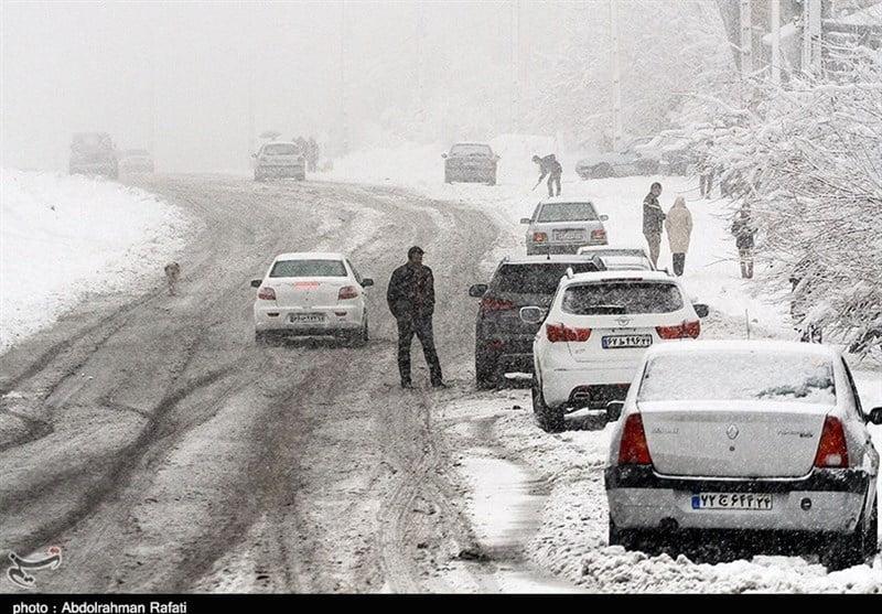 بارش برف, انسداد ۳ محور اصلی به دلیل بارش برف، کولاک شدید و رانش زمین, رسا نشر - خبر روز