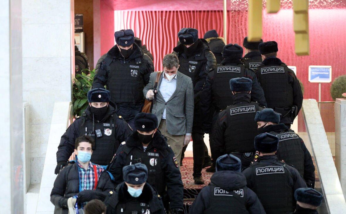 روسیه, بازداشت ۲۰۰ مخالف دولت روسیه به جرم نقض قوانین کرونا, رسا نشر - خبر روز