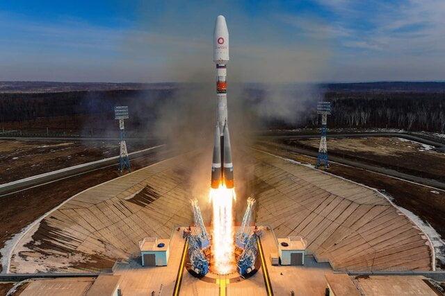 اینترنت پرسرعت, ۳۶ ماهواره دیگر برای گسترش اینترنت پرسرعت به مدار زمین پرتاب شدند, رسا نشر - خبر روز