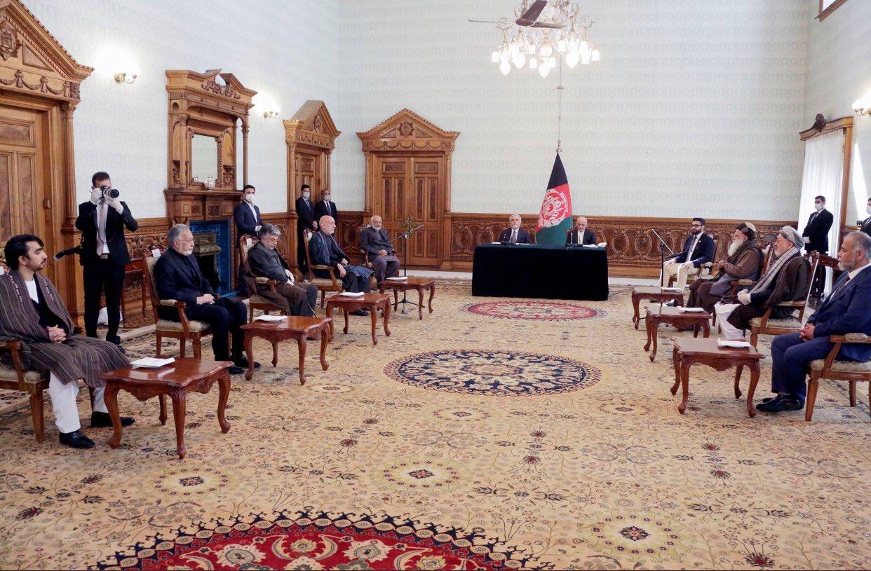 علت سقوط دولت افغانستان؛ اغلب مدیرانش دنبال پول و فرار از کشور بودند