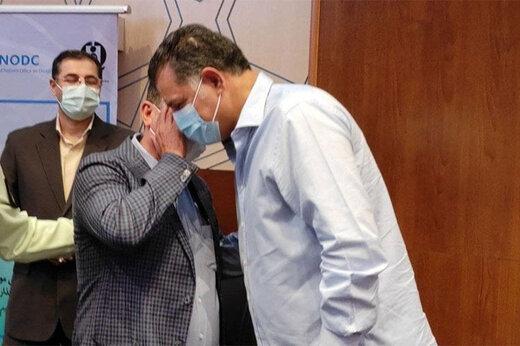توضیح علی دایی درباره دلیل بستری شدنش در بیمارستان/ عکس